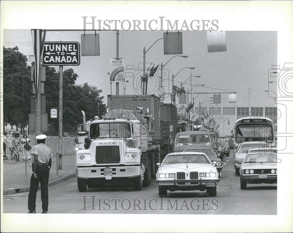 Press Photo Detroit-Windsor Tunnel - Historic Images