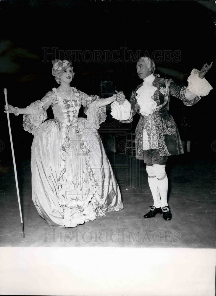 Press Photo  Actor Maurice Escande and Henriette Pascal - Historic Images
