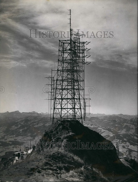 1956 Press Photo Ultra short wave station at the Grunten - KSB53669 - Historic Images