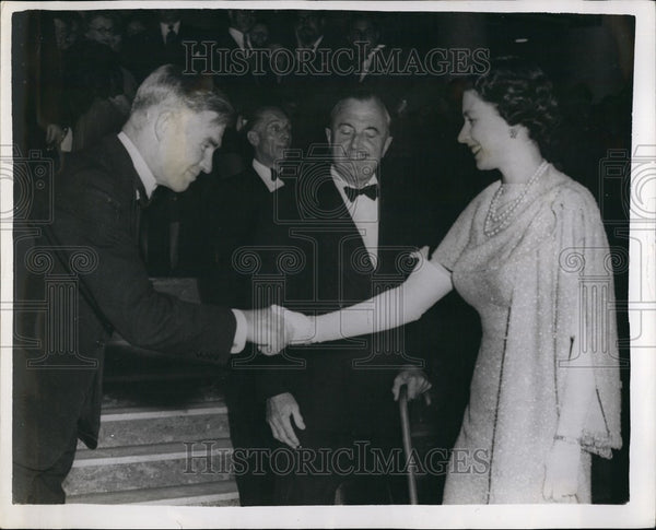 1958 Press Photo The Queen and the Duke Edinburgh with Dr. Vivian Fuchs - Historic Images