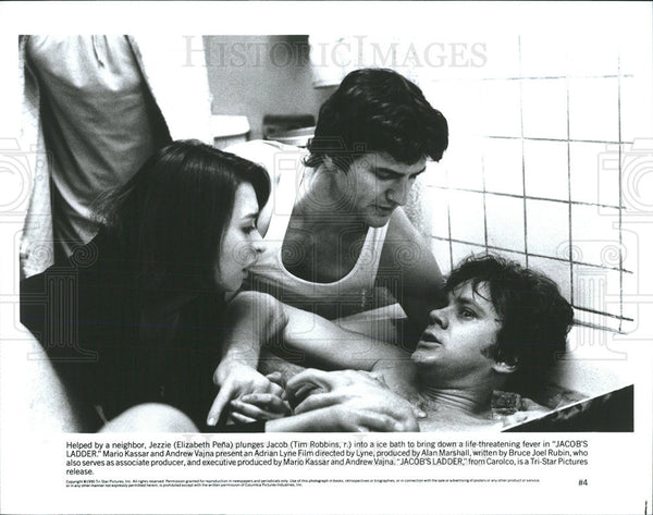 1990 Press Photo Elizabeth Pena Actress Tim Robbins Actor Jacob's Ladder Movie - Historic Images