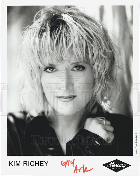 Press Photo Singer Kim Richey - Historic Images