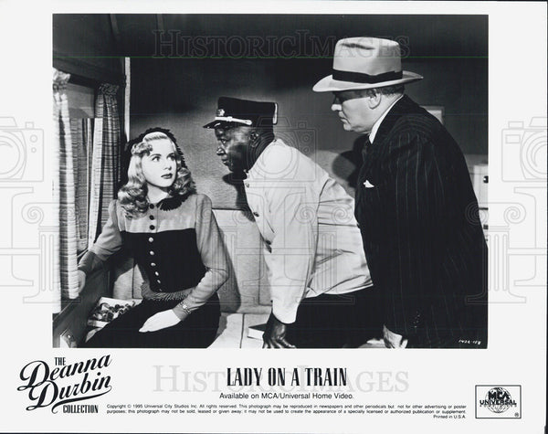 "1945 Press Photo Scen in ""Lady on a Train"" - Historic Images"