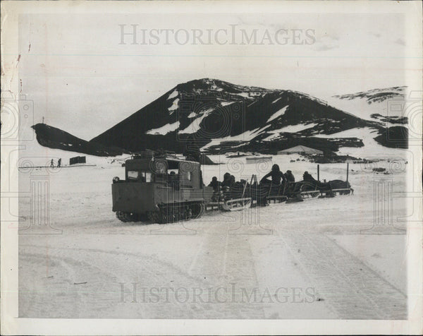 1957 Press Photo An Arctic expedition - Historic Images