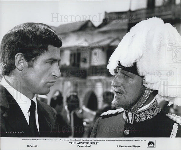"1970 Press Photo Bekim Fehim and Alan Badel as they appear in ""The Adventures"" - Historic Images"