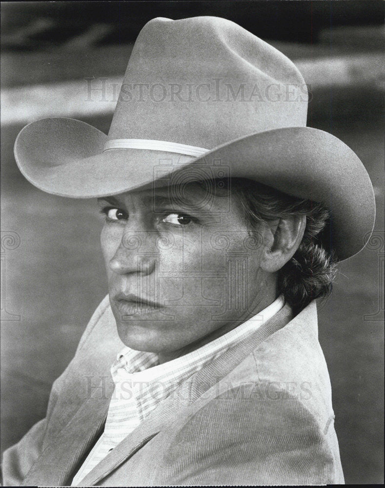 "1987 Press Photo Michael Beck stars as a Texas lawman in ""Houston Knights."" - Historic Images"