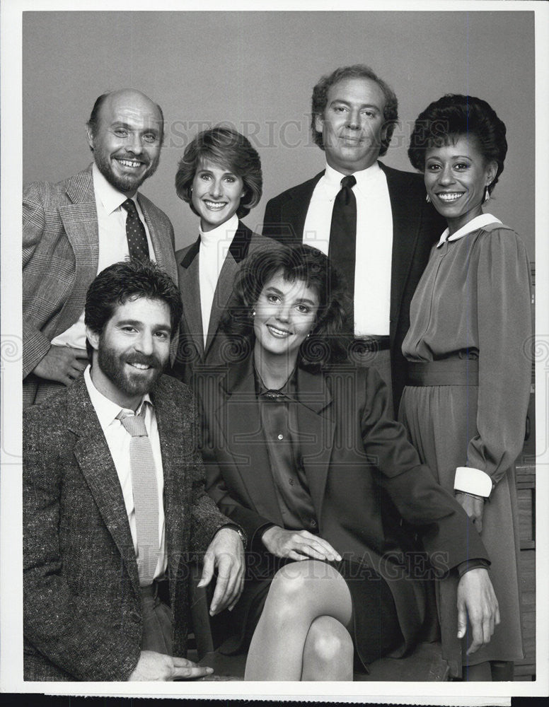 "1985 Press Photo cast of ""Foley Square"" CBS-TV series. - Historic Images"