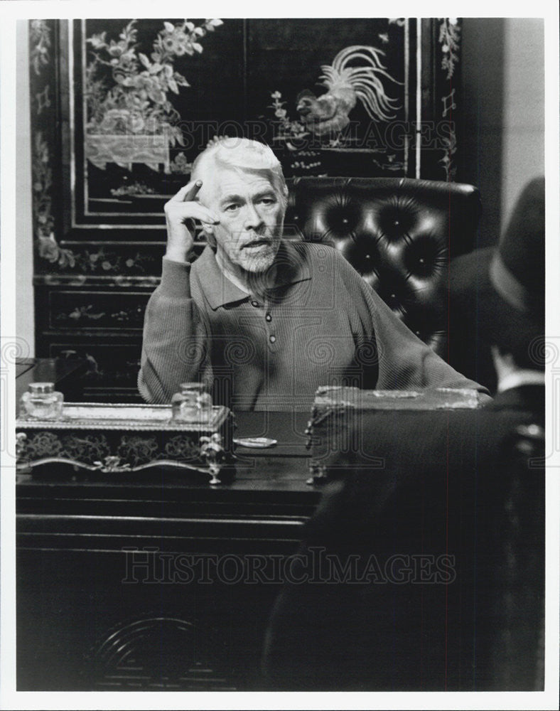 "1992 Press Photo James Coburn in ""The Fifth Corner"" - Historic Images"