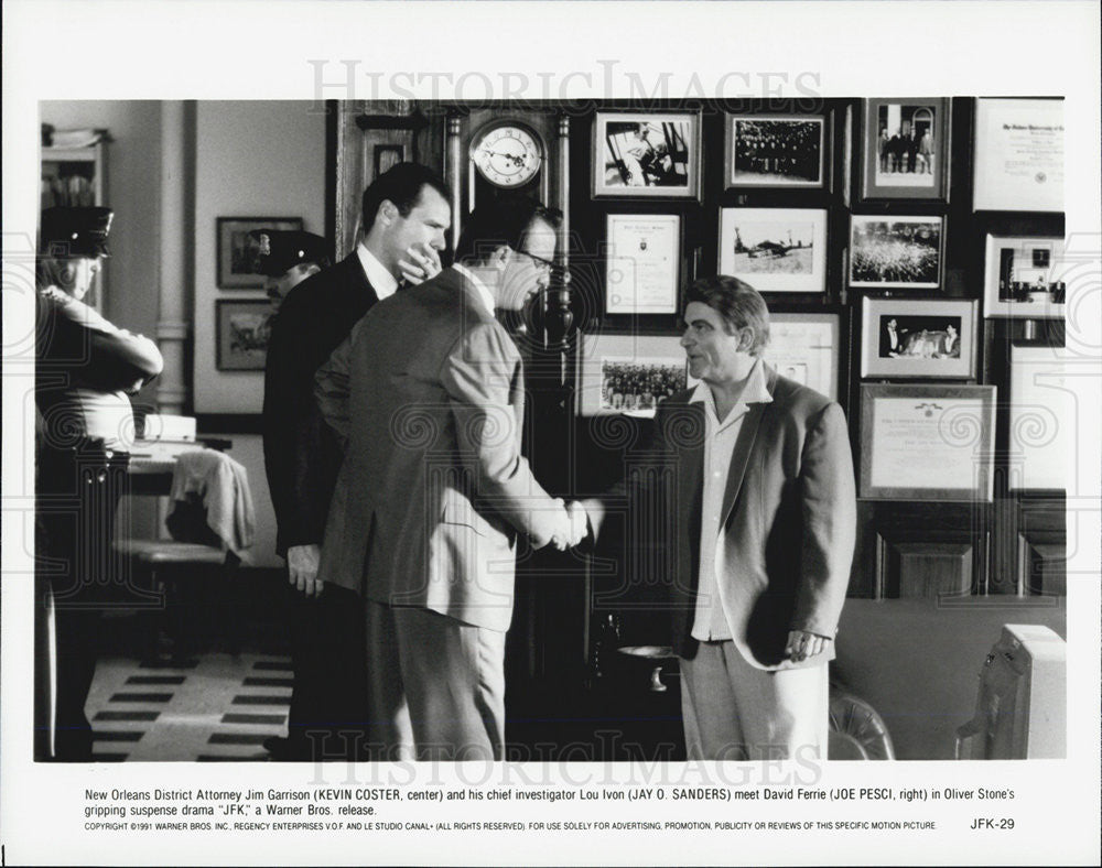 "1991 Press Photo  Kevin Costner in ""JFK"" - Historic Images"