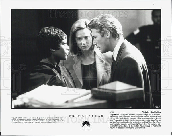 Press Photo Alfre Woodard and Richard Gear in Primal Fear - Historic Images