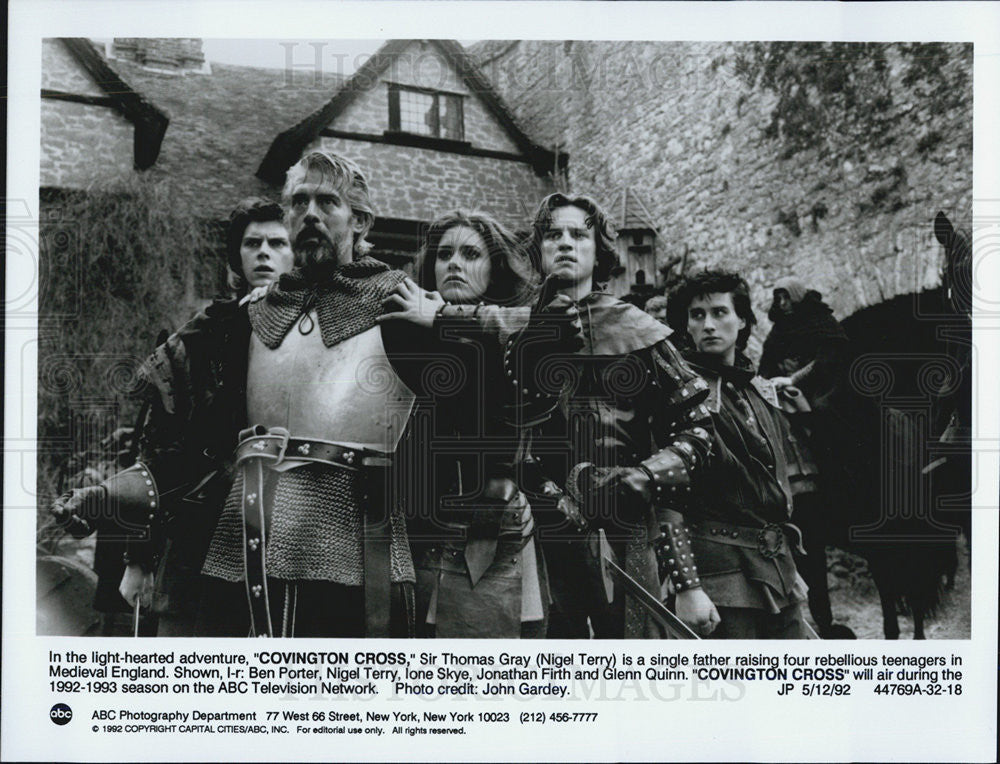 1992 Press Photo Ben Porter Nigel Terry Ione Skye Jonathan Firth Glen Quinn - Historic Images