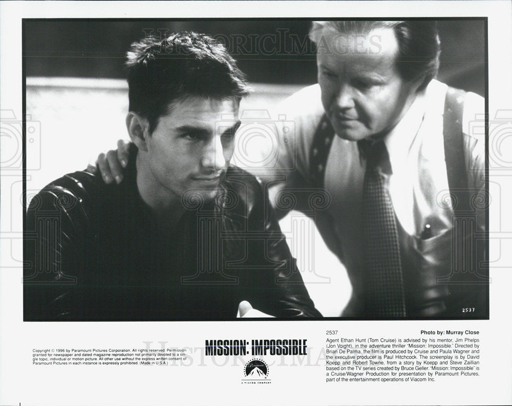 1996 Press Photo Tom Cruise, John Voight in