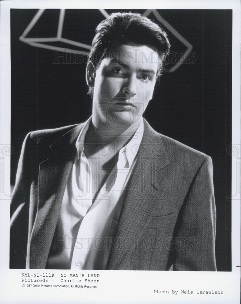 "1987 Press Photo of American Actor Charlie Sheen stars in ""No  Man's Land"" - Historic Images"