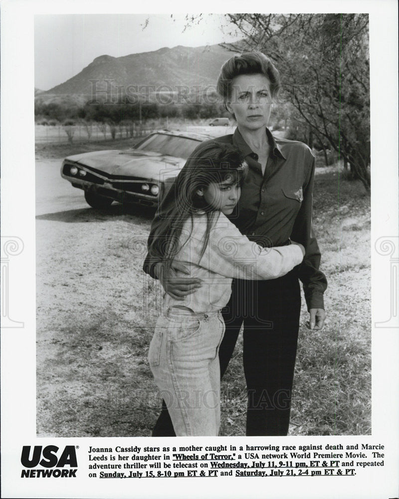 "1990 Press Photo Joanna Cassidy, Marcie Leeds in ""Wheels of Terror"" - Historic Images"