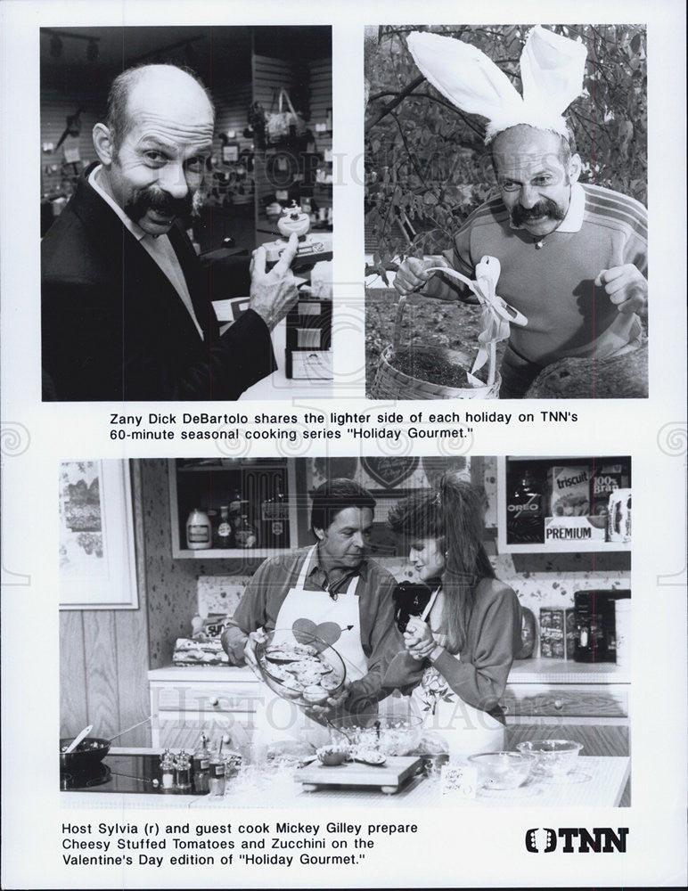 Press Photo Zany Dick DeBartolo Holiday Gourmet Sylvia guest cook Mickey Gilley - Historic Images