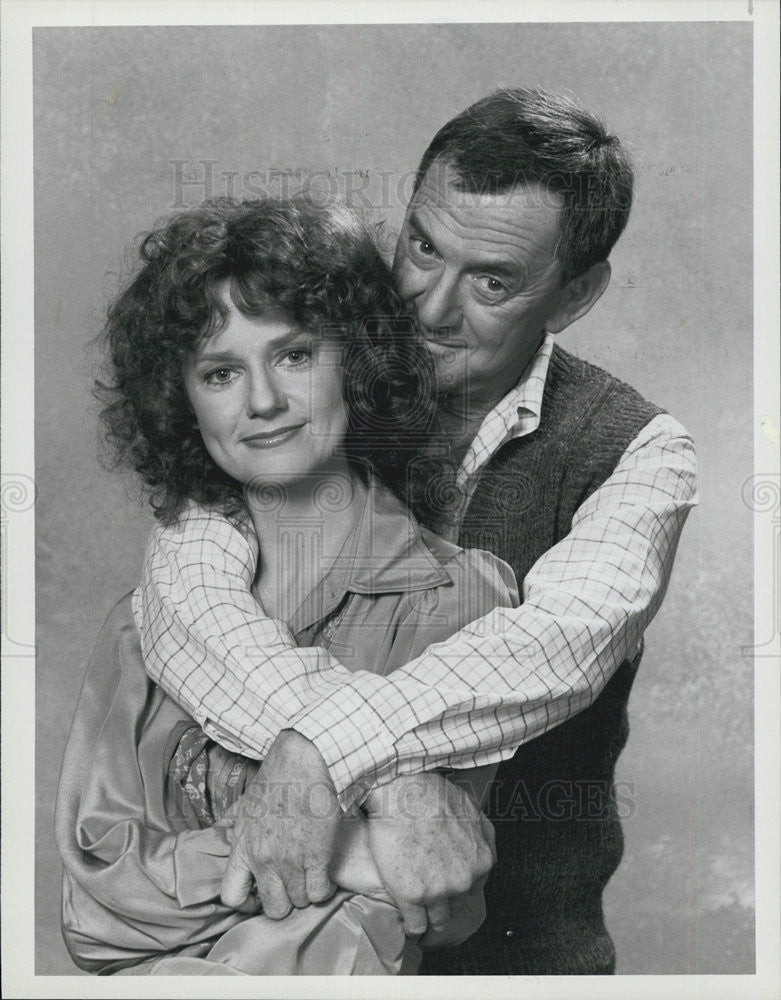 "1982 Press Photo Tony Randall & Swoozie Kurtz on ""Not Just Friends"" - Historic Images"