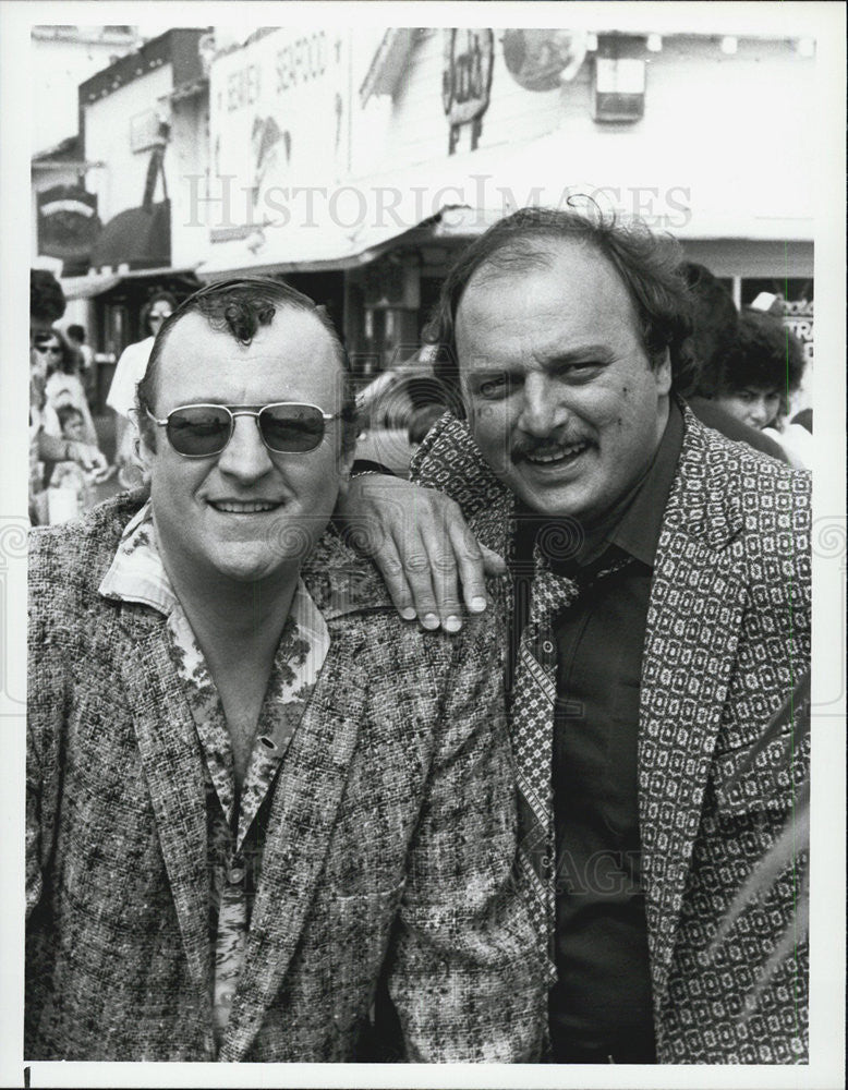 1987 Press Photo Actor Peter Jurasik and Dennis Franz - Historic Images
