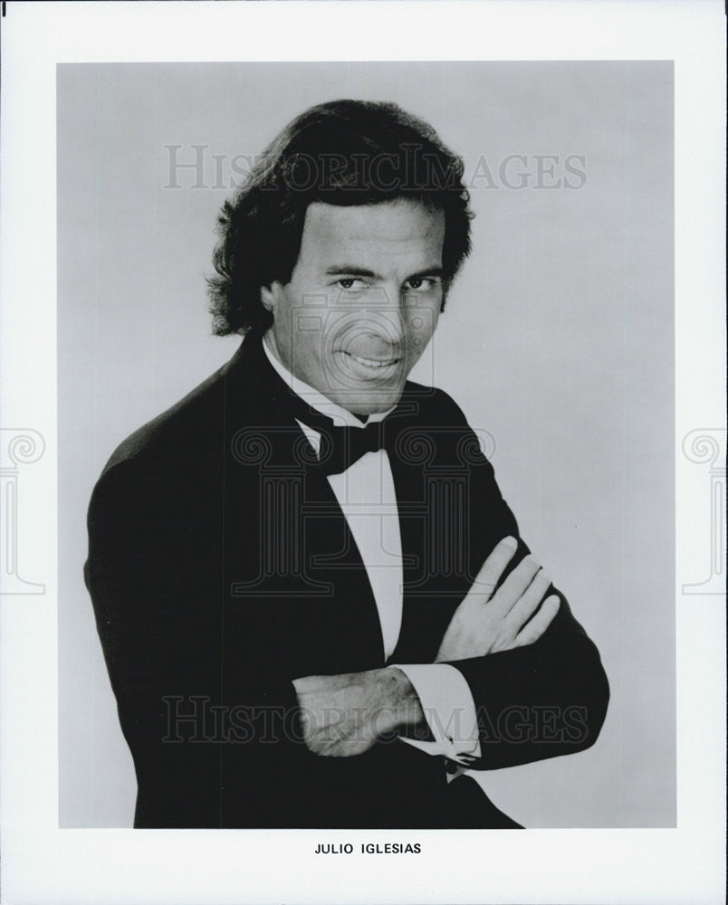 Press Photo of Julio Iglesia , is a European Spanish singer - Historic Images