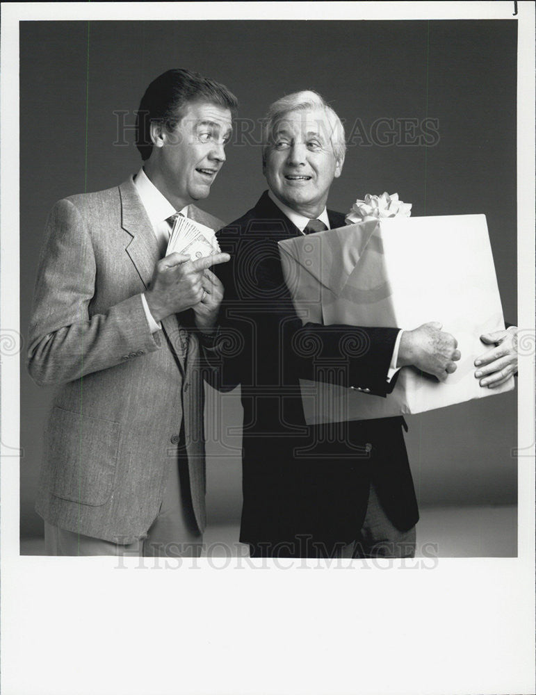 "1990 Press Photo Monty Hall in ""Let's Make a Deal"" - Historic Images"