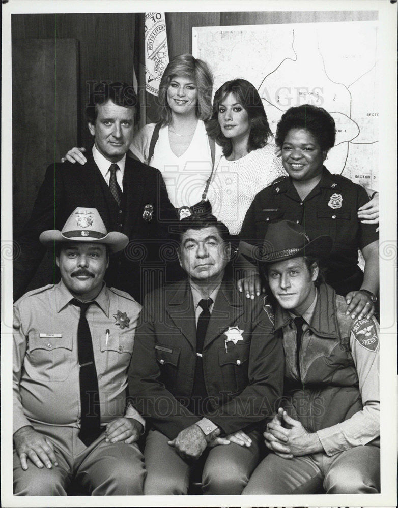 "1990 Press Photo Cast of ""Lobo"" - Historic Images"
