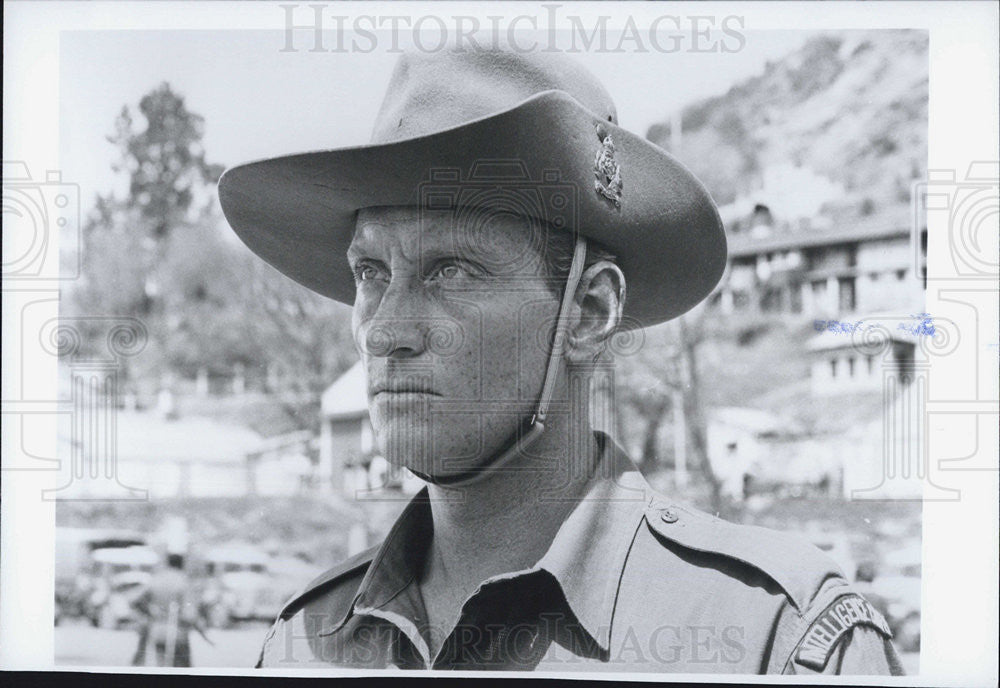 "1984 Press Photo Actor Charles Dance Starring In ""The Jewel In The Crown"" - Historic Images"
