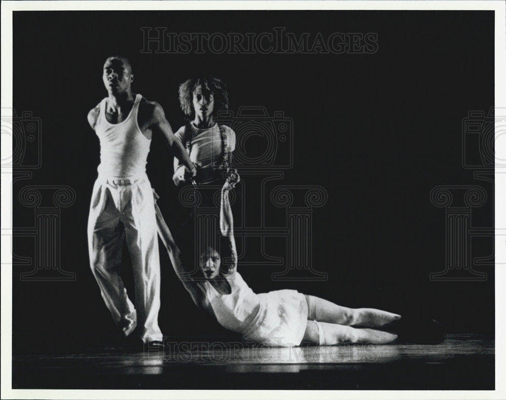Press Photo Alvin Ailey American Dance Theater - Historic Images