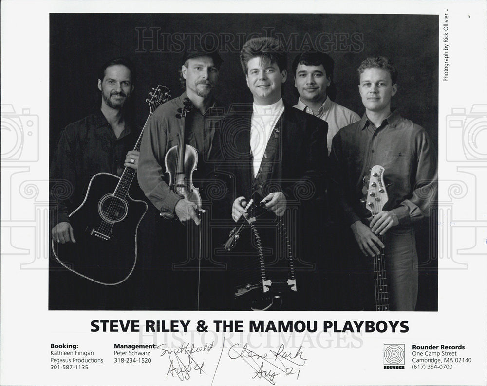 Press Photo Press Photo Steve Riley and the mamou playboys in a black and white - Historic Images