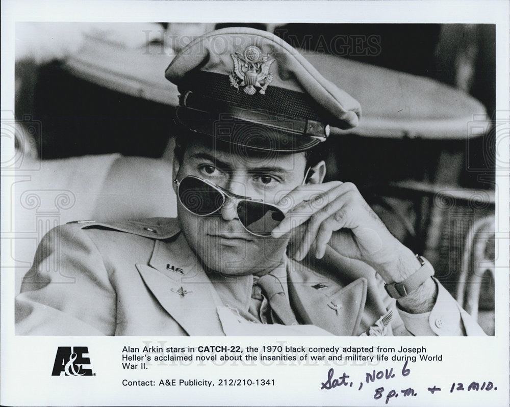 1970 Press Photo Alan Arkin Actor Catch-22 Black Comedy Film Movie WWII - Historic Images