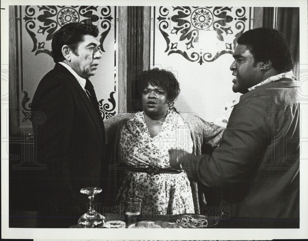 Press Photo Claude Akins,Nell Carter,Ed Rue,actors on Lobo - Historic Images