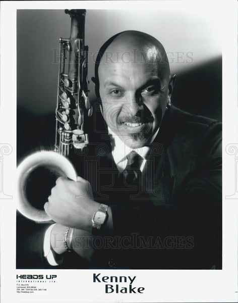 Press Photo Kenny Blake Saxophonist - Historic Images