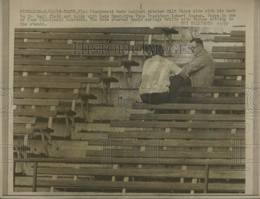 1968 Press Photo Reds Holdout Pitcher Milt Pappas - Historic Images