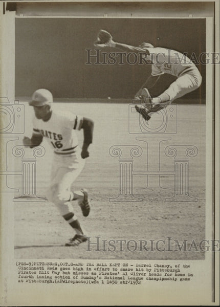 1972 Reds Player Jumps to Catch Pirate Ball - Historic Images