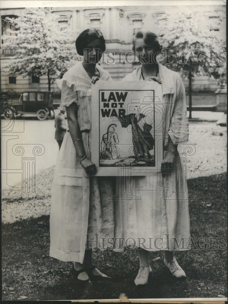 1923 Two Women World War I Poster - Historic Images