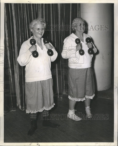 1941 Grandmother's Follies - Historic Images