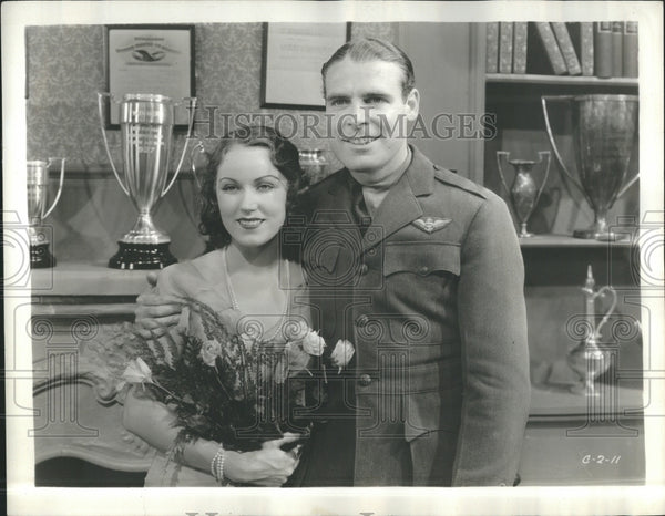1931 Actors Fay Wray Ralph Graves Dirigible - Historic Images