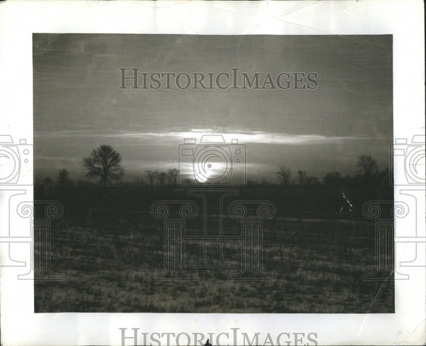 1943 Press Photo The Dawn of the New Day