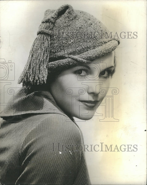 1935 Press Photo Hat