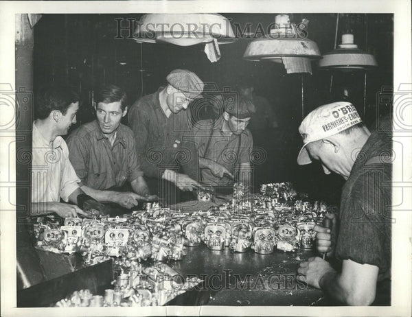 1936 Bendix Products Corp Workers Strike - Historic Images