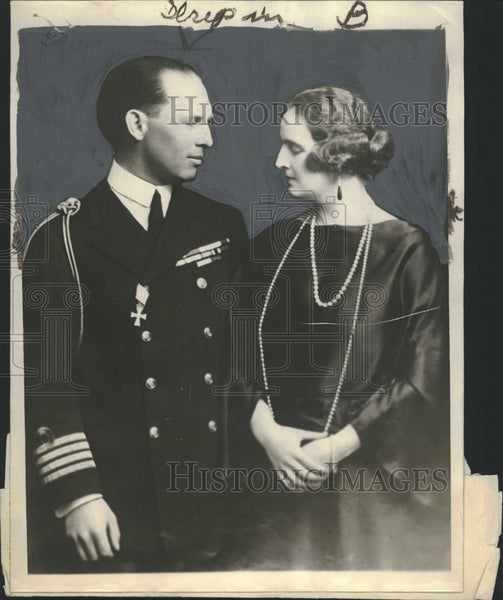 1923 George II and his Queen Elizabeth - Historic Images