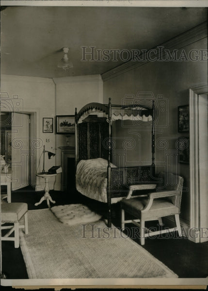 1924 Interior House Bed Study Lamp Chair - Historic Images