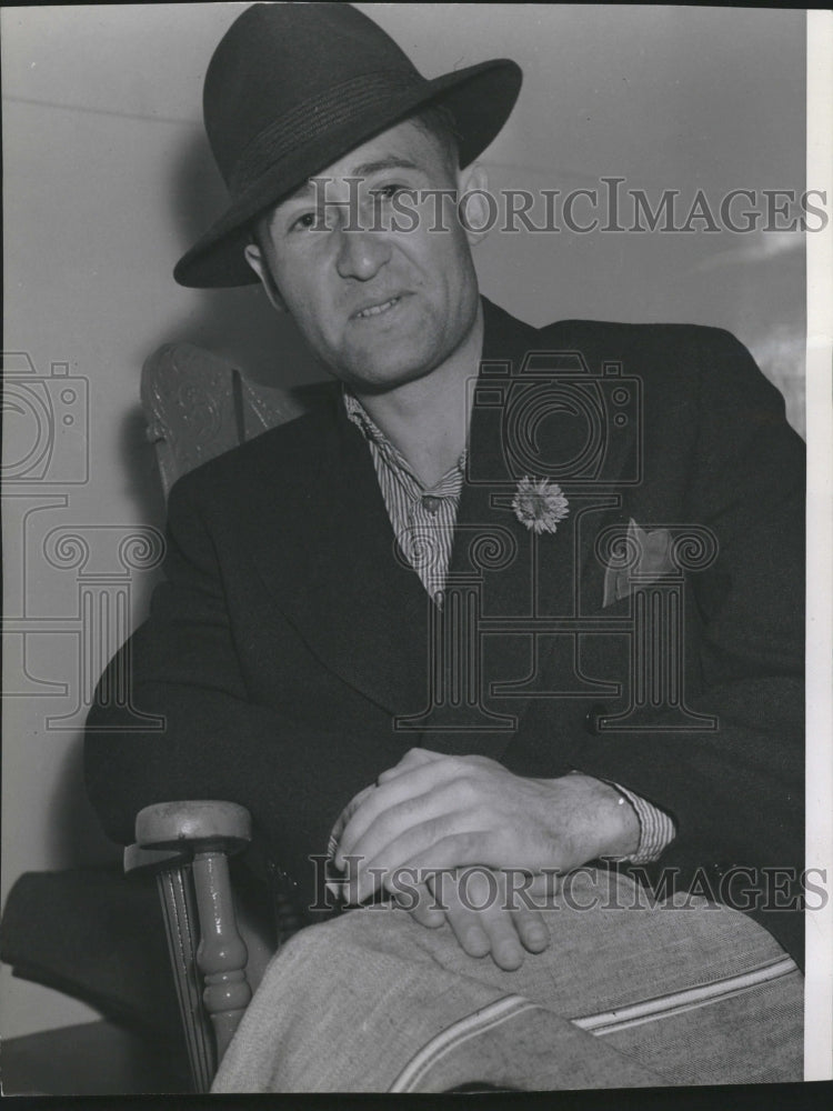 1939 Entertainer Harry Leopold - Historic Images