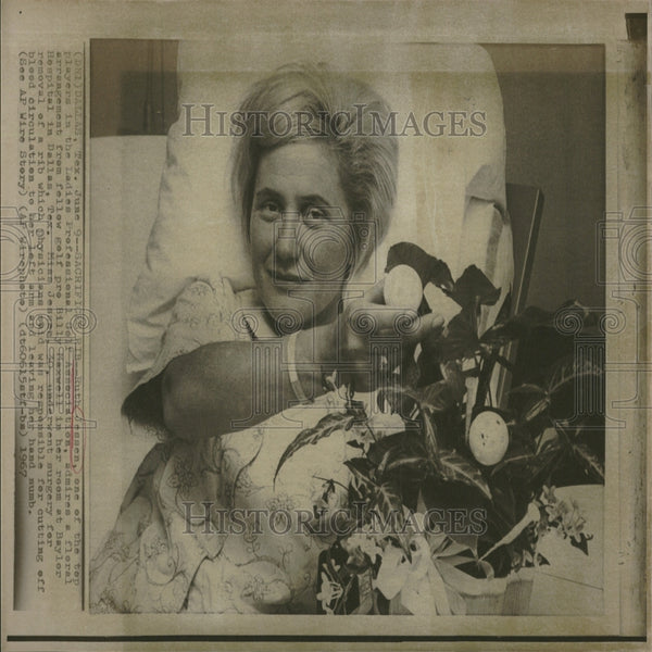 1967 Press Photo Ruth Jessen/Ladies Pro Golf/Hospital - Historic Images
