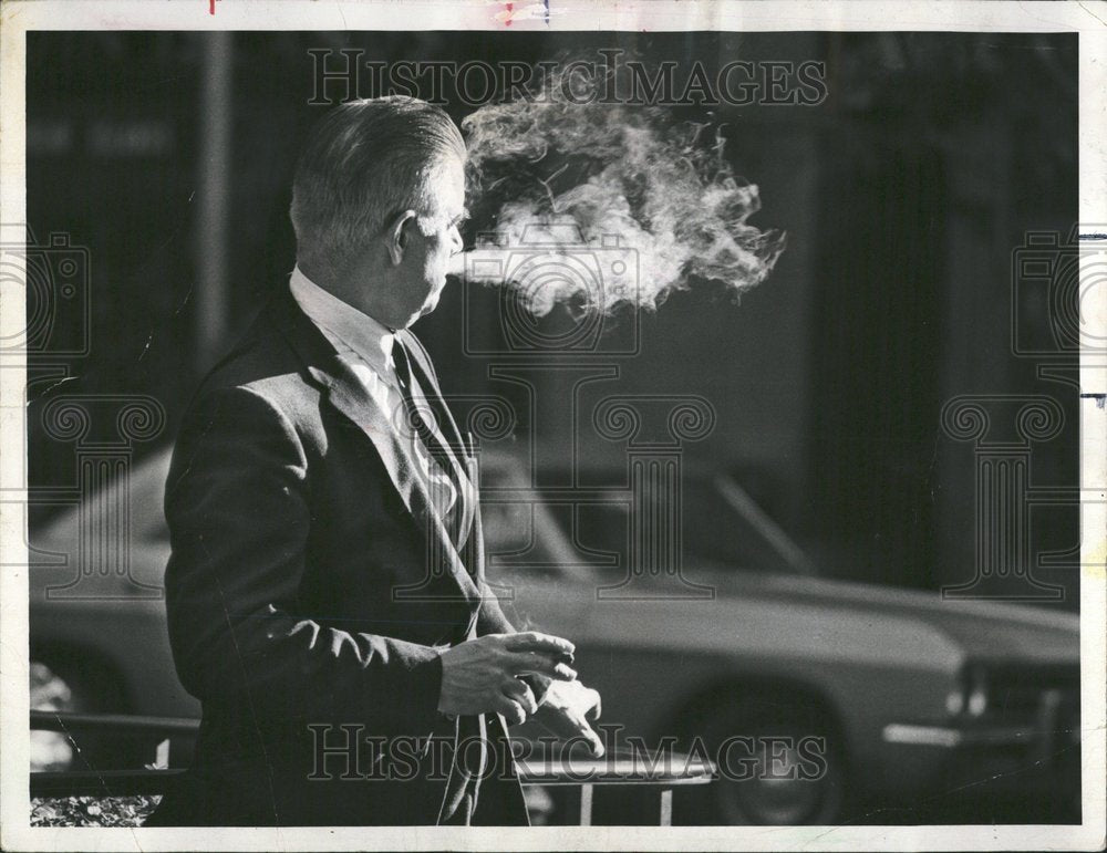 1968 Press Photo CBS Television National Smoking Test - Historic Images