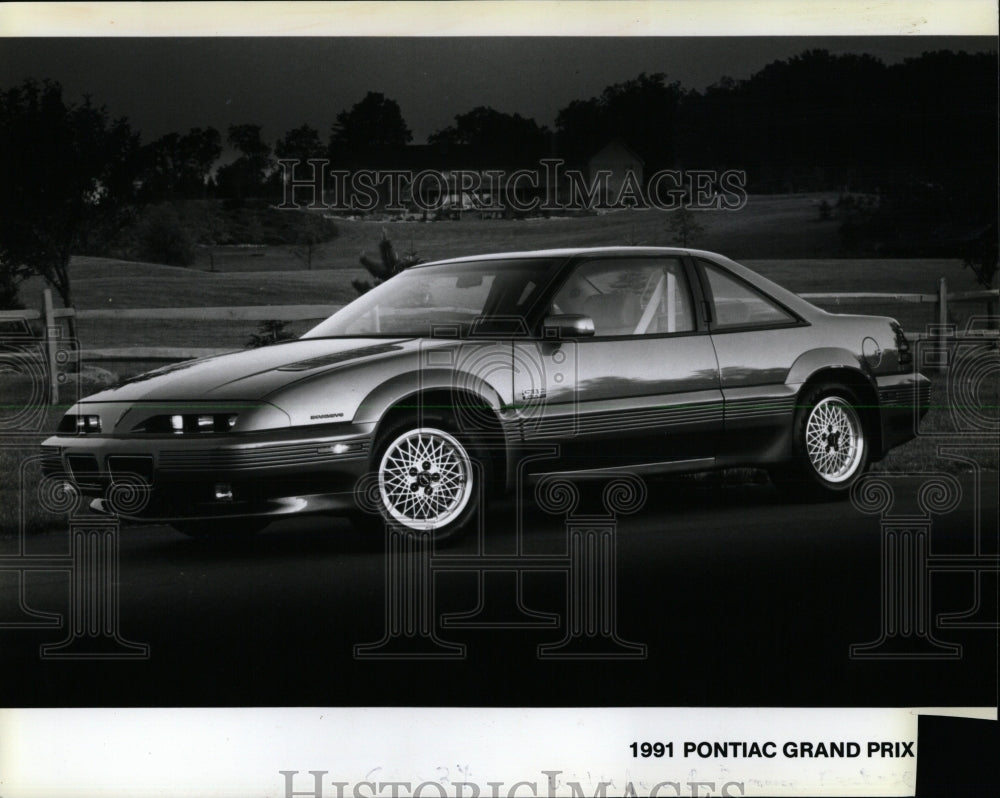 1990 press photo 1991 pontiac grand prix rrw62953 historic images historic images outlet