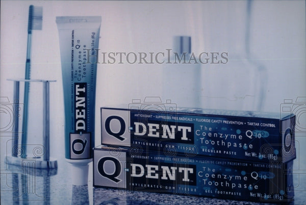1900 Press Photo Q Dent Toothpaste - RRW70091 - Historic Images