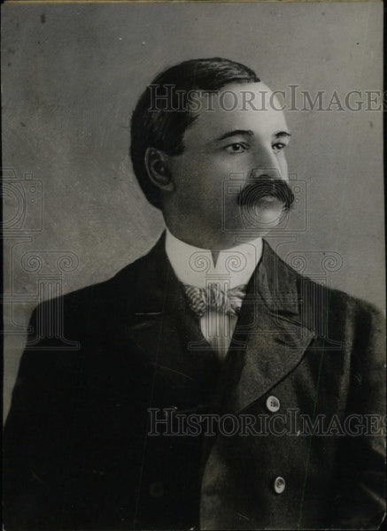 1919 Press Photo Portrait Of Mustached Man - RRW76917 - Historic Images