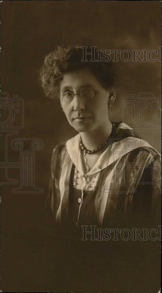1918 Press Photo Mrs. Bertha L Griffin - RRW78979 - Historic Images