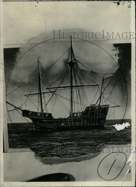 1923 Press Photo Pirates Create Crafts Ship Water - RRW82643 - Historic Images