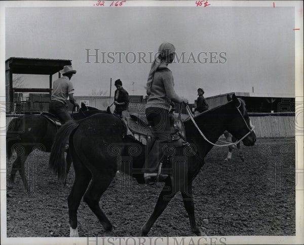 1974 Press Photo HORSE TOMMY DICKEY FAMILY - RRW86487 - Historic Images