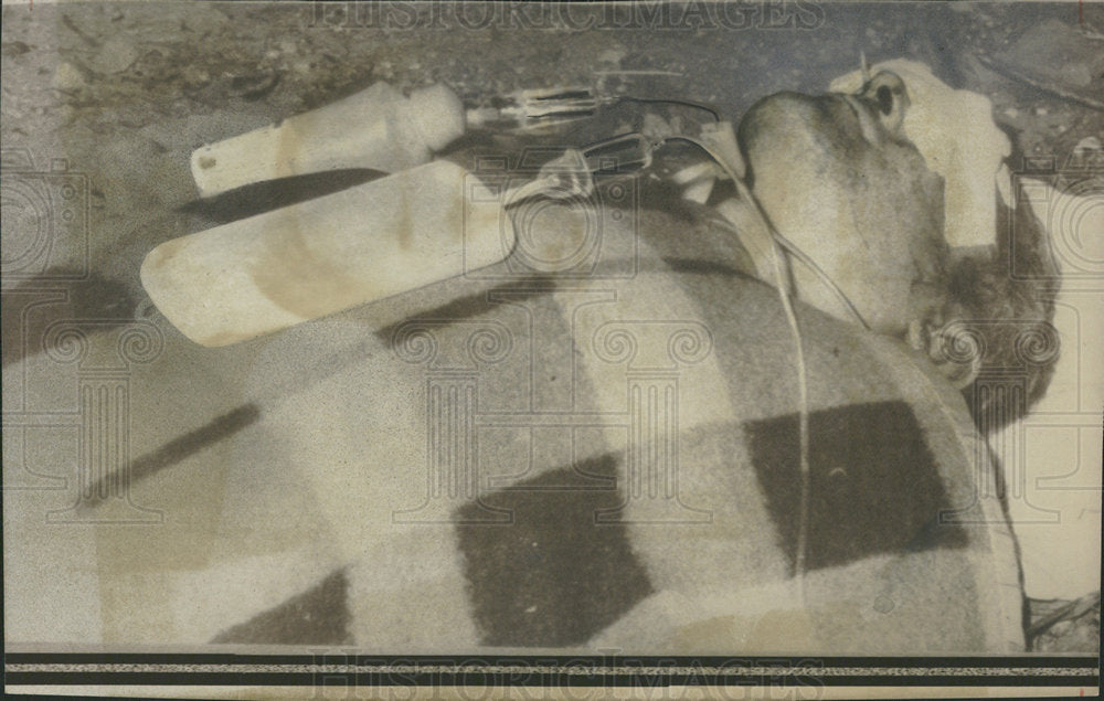1974 Press Photo Alfred Laun III abandoned guerillas - Historic Images